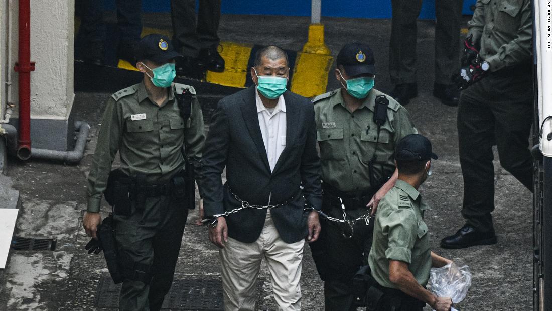 Hongkongský soud kvůli protestům v roce 2019 uvěznil Jimmy Lai a další prominentní aktivisty na 8 až 18 měsíců