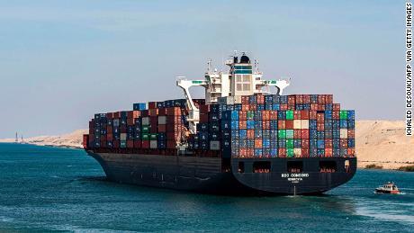 Jaký je to pocit řídit největší lodě světa