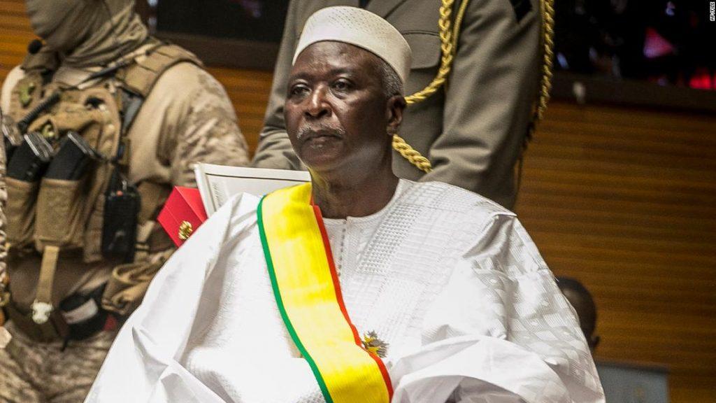 Prezident Mali a předseda vlády byli podle mise OSN zatčeni vojenským personálem