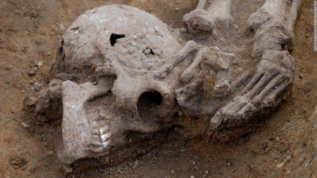"""""""Výjimečně vysoký"""" počet bezhlavých těl nalezených na římském pohřebišti"""