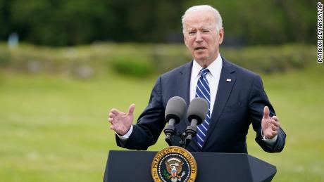 Biden se připojil ke klubu světových vůdců na G7 s výzvou k válečnému úsilí proti Covid-19