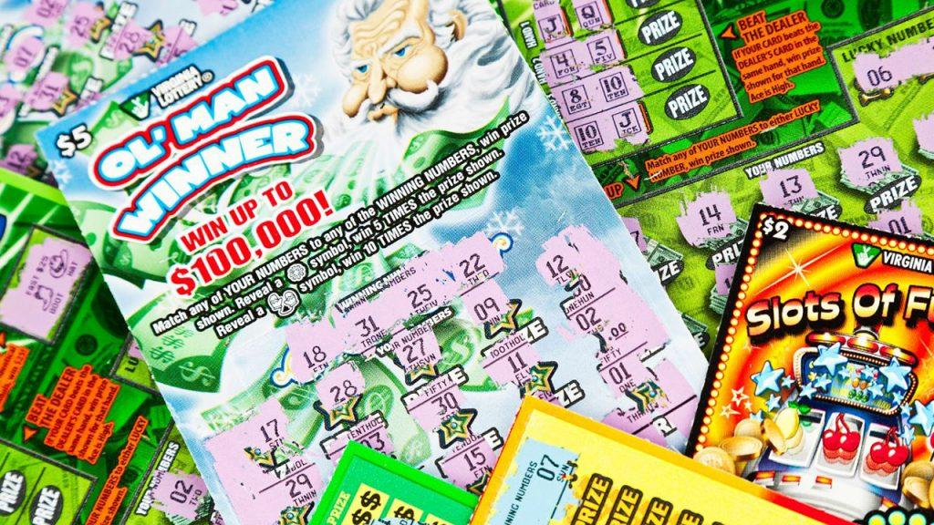 Anonymní výherce loterie nosil v tašce týdny 39 milionů dolarů
