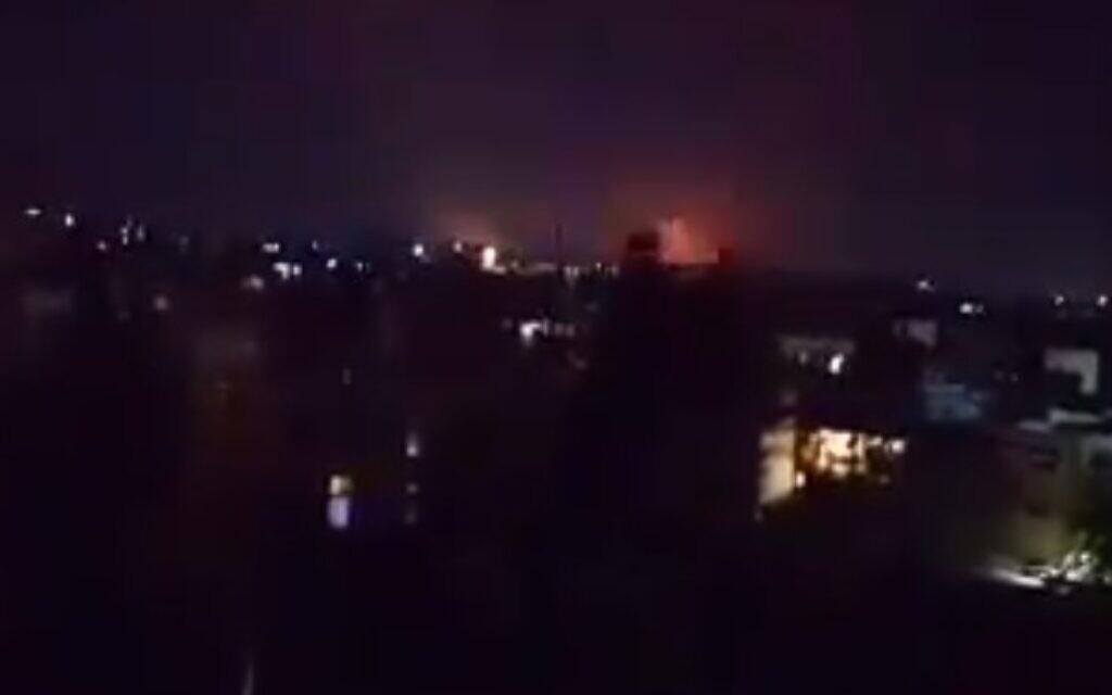 Sýrie říká, že izraelské nálety se zaměřují na oblast severně od Aleppa