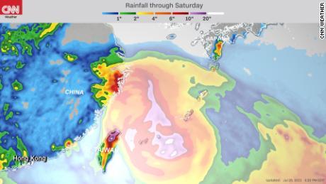 Předpověď deště do soboty z hurikánu In-Fa.