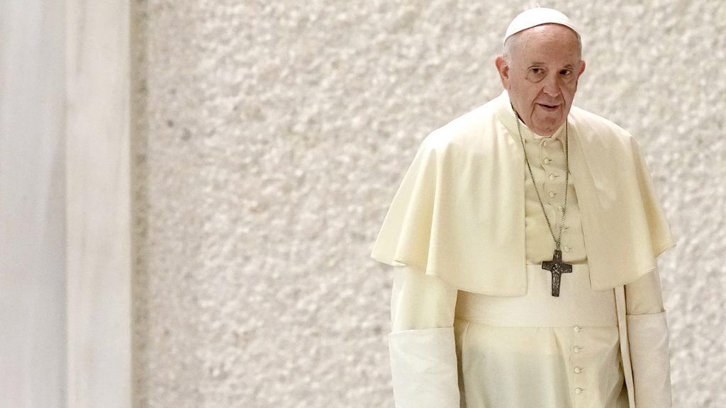 Papež nechtěně předá Putinovu výtku Západu nad afghánskou válkou