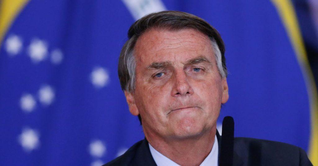 """Brazilský Bolsonaro říká, že Johnson hledal """"nouzovou"""" dohodu o jídle, ambasáda nesouhlasí"""