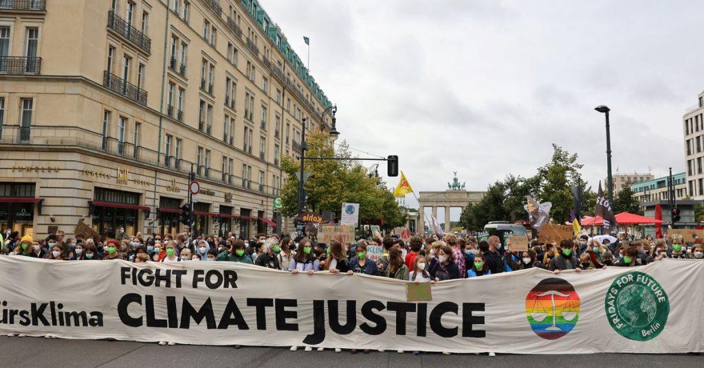 Světová mládež znovu vyráží do ulic, aby bojovala proti změně klimatu
